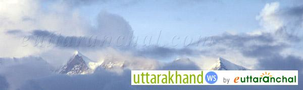 Himalayan Ranges with Clouds from Baijnath